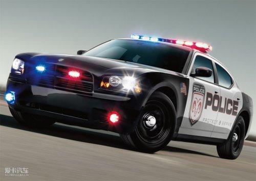 近些年,福特野马跑车,悍马h3越野车,凯迪拉克cts-v等高性能警车陆续