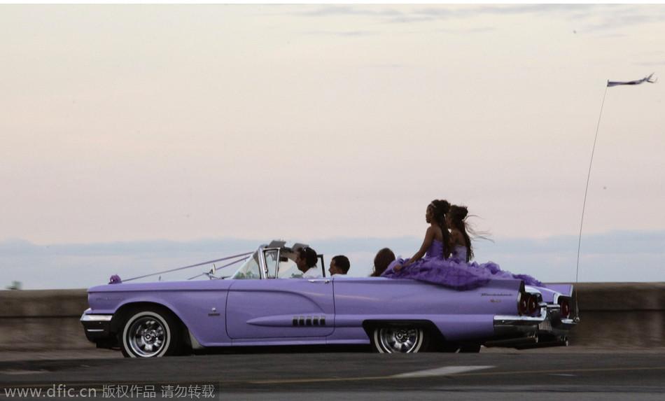 古巴街头老爷车 是风景也是无奈