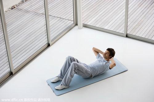 做仰卧起坐能减肚子吗