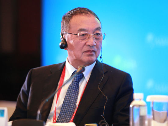 柳传志: 外企在中国搞好关系 找个退休官员
