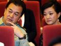 宋祖英拒黄宏同台邀请 不登台遭观众索签名