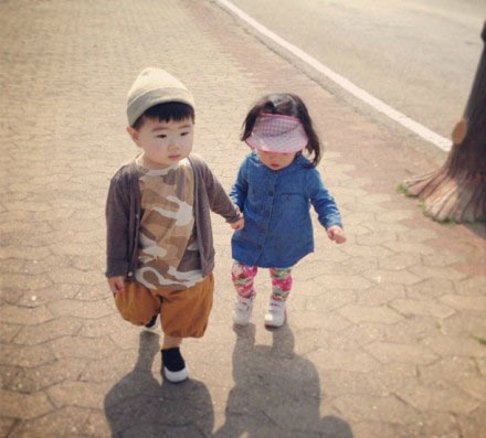韩国喜感小正太妹妹现身