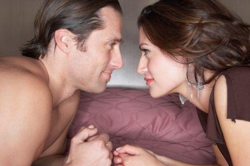 15个床上小秘密:34%女人亲热时有幻想
