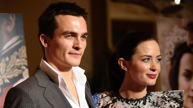 英国男星弗兰德将拍导演处女作 邀艾米莉布朗特加盟