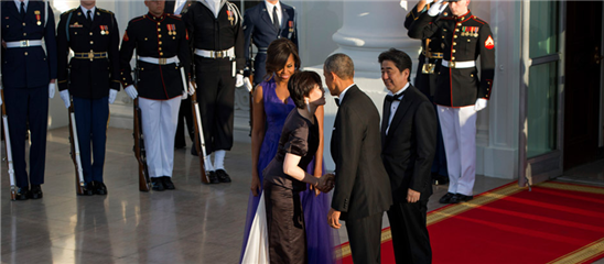 安倍晋三宴请奥巴马
