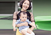 """""""汪涵主播娇妻抱着6个月儿子出来了!"""