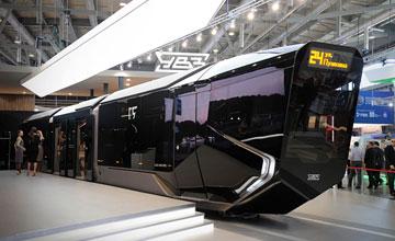 战斗民族的想象力 酷似未来战车的俄罗斯城铁列车