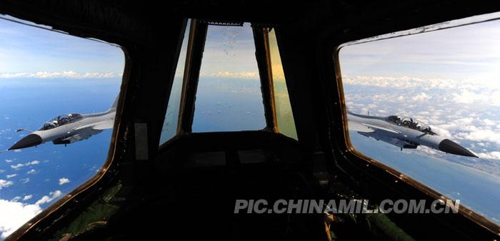 广空大批配加油管歼10曝光 南海作战如虎添翼2015.2.4 - fpdlgswmx - fpdlgswmx的博客