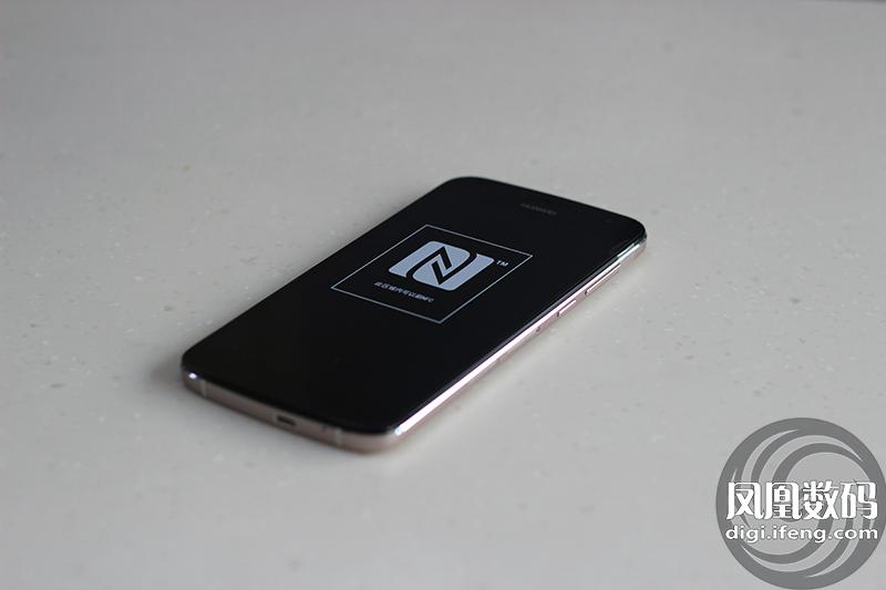 华为麦芒3S电信4G版手机图赏 售价2299元