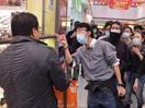 """香港""""反水客""""行动暗含政治用心?"""