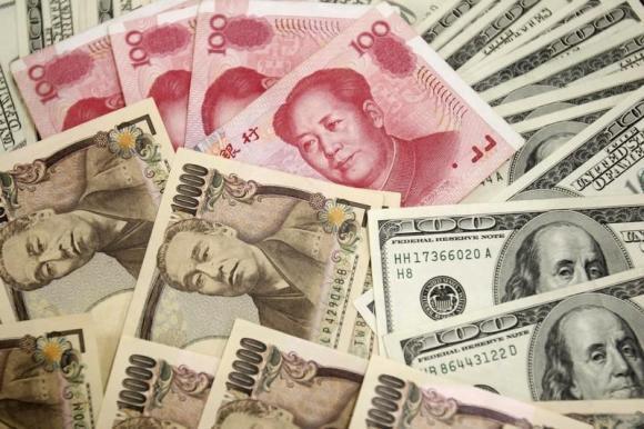 调查 人民币空仓增至近五年高位