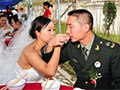少将:军官因军费低婚恋长期受困 人心动摇
