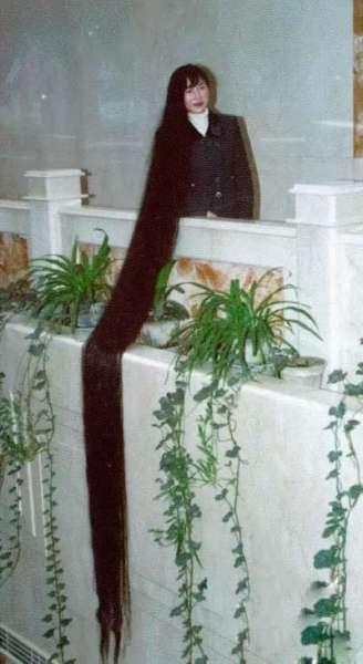 世界上头发最长的女人 - 鸿福齐天(*^_^*) - ---超级陈帅哥!(^o^)/~