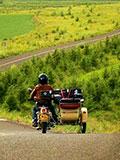 22岁小伙为了一个梦想骑摩托踏遍全球