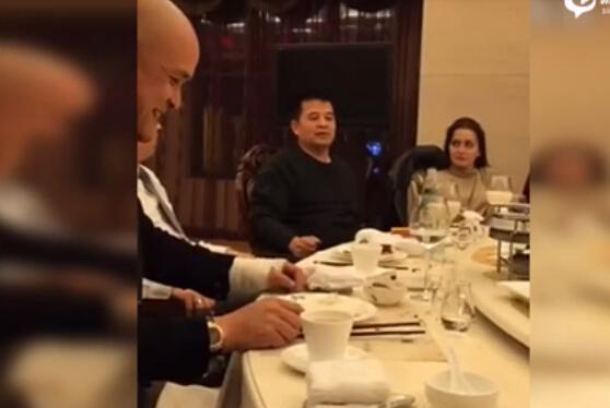 """毕福剑""""不雅视频""""对毛泽东使用了羞辱性词汇 舆论因此大哗"""