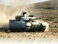 首曝中国最强外销坦克内部 方向盘如轿车