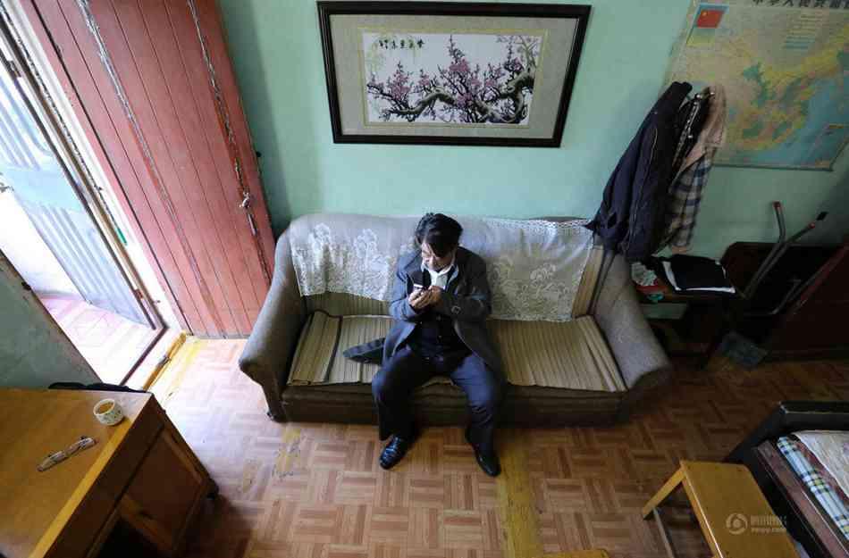 空巢老人独居十年 登报欲拿6000退休金和丧葬补贴求被领养(组图)(1/8) -  - yaopingjun612@163.博客