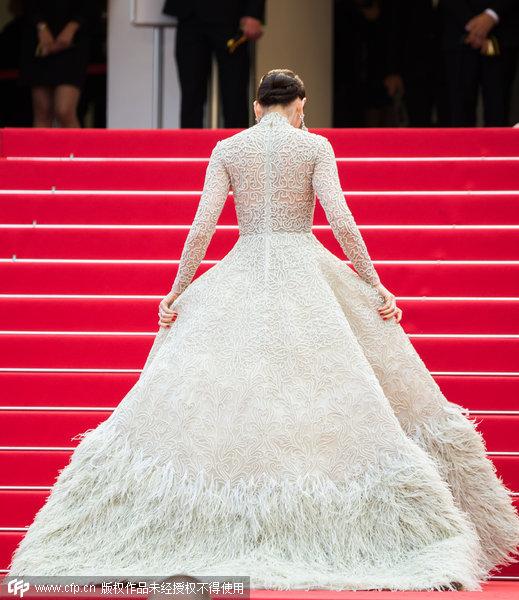 礼服背面设计图