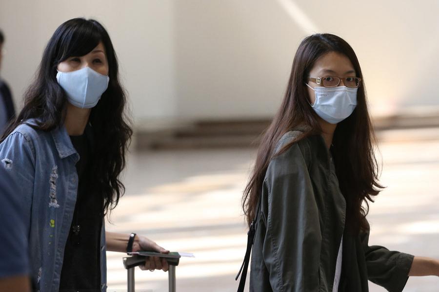 据国家卫生和计划生育委员会5月29日通报,广东省惠州市出现首例输入性中东呼吸综合征确诊病例。患者为韩国男性,是韩国MERS病例的密切接触者。这个病例的出现引起了医学界的高度紧张,SARS的阴影还未散去,新的疫情似乎又要来袭。