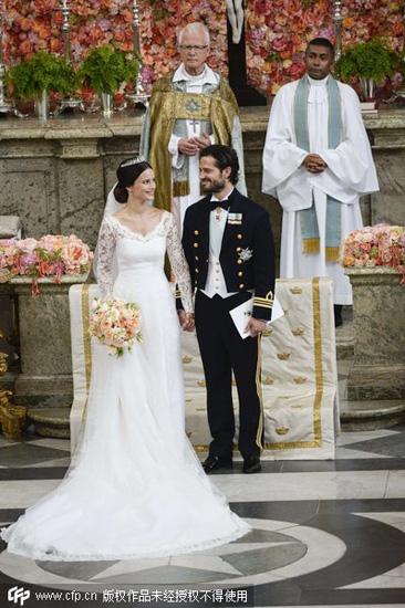 瑞典泳装模特嫁王子:婚前被要求洗净纹身