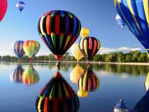"""乘坐热气球 体验""""飞屋环游记"""""""