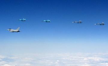 我要打十个:英军台风战机一次拦截10架俄军机