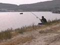 男子闯军港打渔被阻 发飙斥军人:我都服了