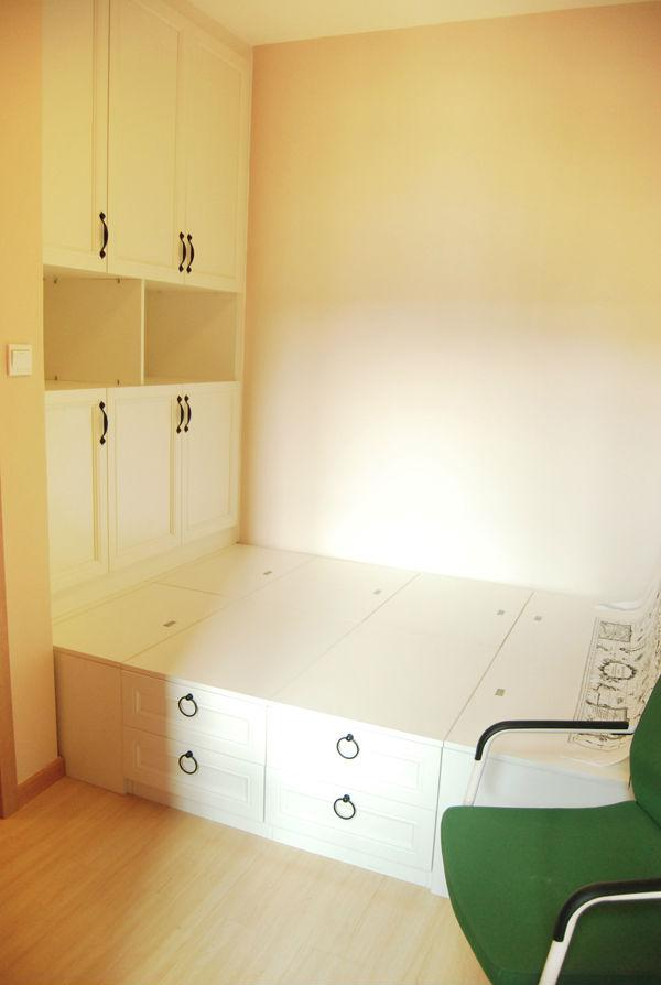 小卧室衣柜床一体图片-工薪一族的我用4万元网购出90平米温馨小家