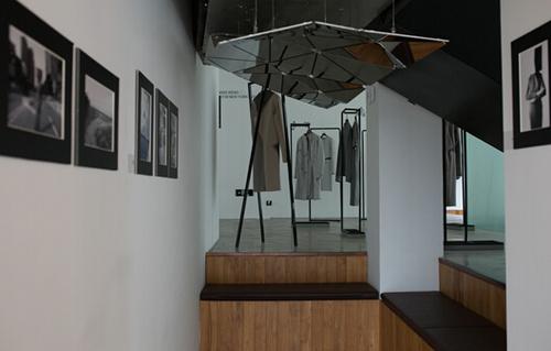 「2.5维度空间」 ismming独立设计师品牌静态展