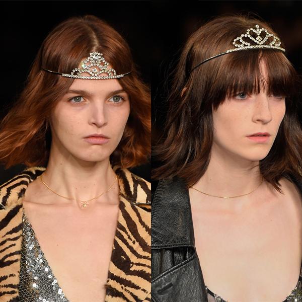 Saint Laurent 2016春夏系列秀场皇冠 属于Hedi Slimane的金属色、皮草、皮革、丹宁、豹纹……混搭的元素非常不羁,但小皇冠的搭配却是本季最特别的存在,十分有趣的冲突。 二、Hedi Slimane告诉我们, 本季是吊带裙的天下