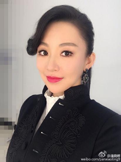 九球天后潘晓婷晒清新美照网友称赞:中国台球界第一网红