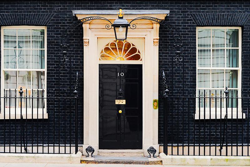为自己的家设计一款夺人眼球的大门