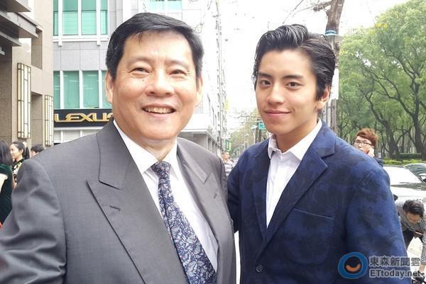 王大陆有意合作李安 否认靠爹全凭自己努力