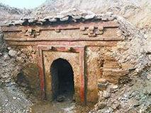 内蒙现辽代巨墓 专家被惊呆