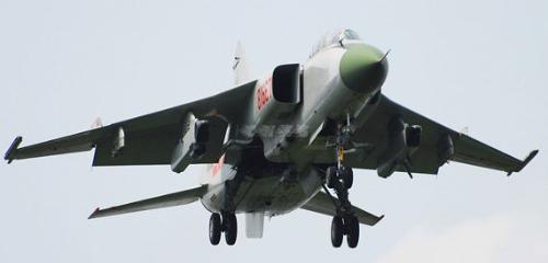 咆哮歼16超越EA18G 双重绝杀F35