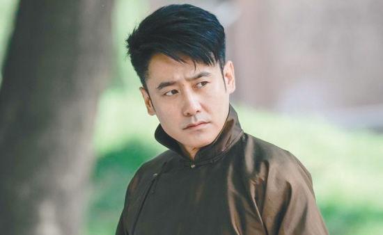 [明星爆料]标志性的胡子没了 吴秀波:还是被自己帅到