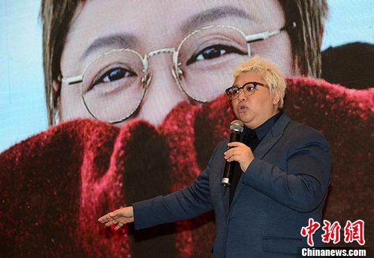 [明星爆料]韩红到香港做宣传:有些内地人在港没礼貌没教养
