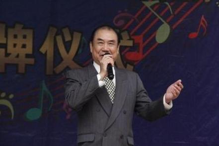 [明星爆料]廖凡经纪人证实:廖丙炎因淋巴癌过世