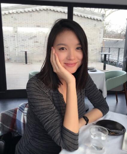 [明星爆料]张梓琳晒孕期素颜美照 变圆润气色好(图)