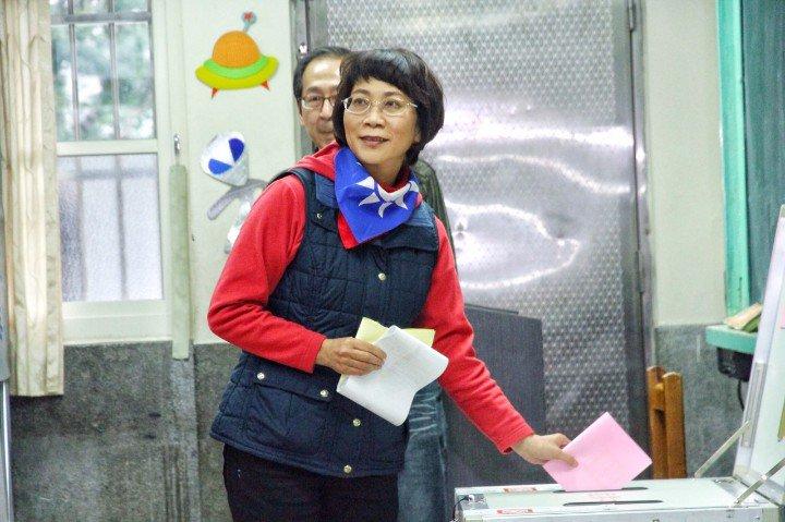 台湾大选投票进行中 蔡、朱、宋、马、洪投票(图) - heaiyilang5728 - heaiyilang5728的博客