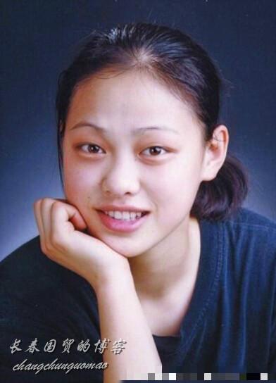 劉翔女友吳莎舊照曝光 一頭短髮 笑容青澀(組圖)