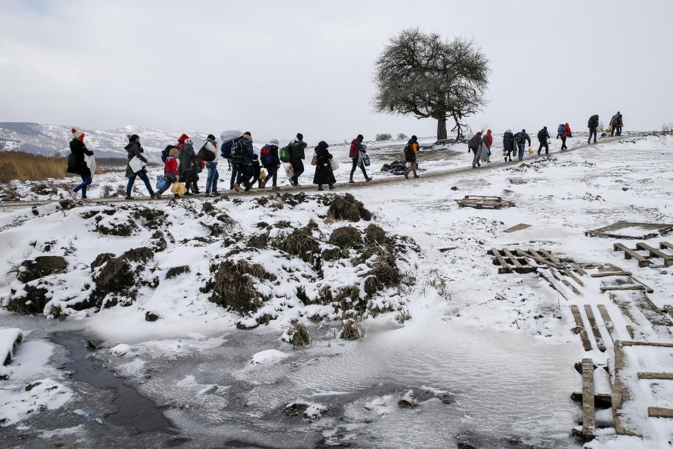 难民在欧洲的冬天图片