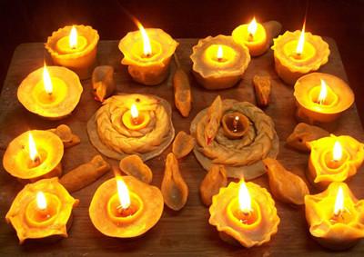 正月十五捏盏面灯 孩子提着要去祈福