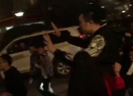 苏群:中国人为何打中国人 男篮国手:打的好!