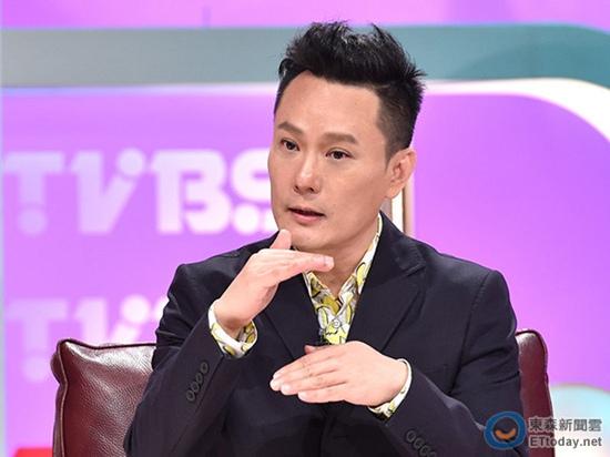 [明星爆料]张信哲:为练歌曾被李宗盛关录音室一星期