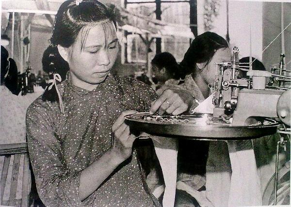 1980年代改革开放大潮中的中国 - 深海情深 - 深深的海洋