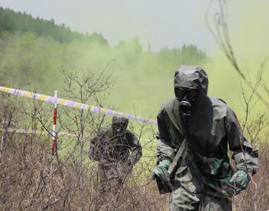济南军区举行防化兵实战化集训