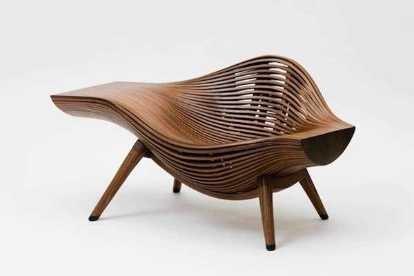 这组沙发和家具的设计基本抛开了我们平时对于沙发的概念,当然无论是