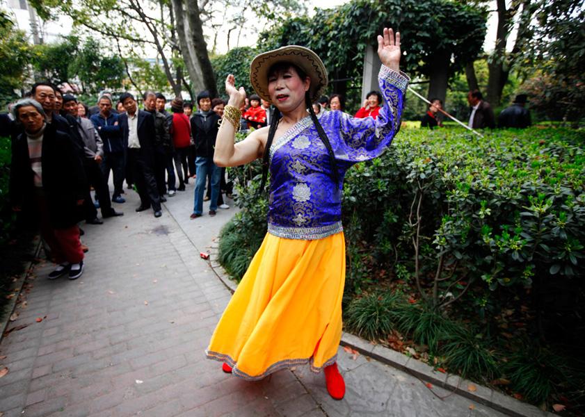 上海57岁同性恋者曹老头的真实生活(组图)——照片转载 - 老年神韵 - 老年神韵