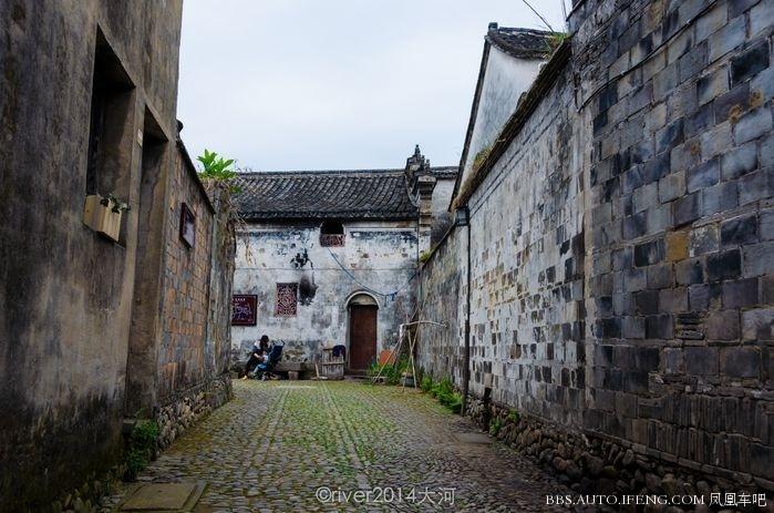 10:27 上传 这是一座四合院,建于清嘉庆年间,1905年创办的塔山启蒙